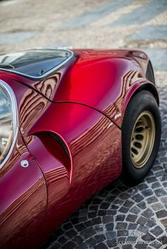 Is the Alfa Romeo Tipo 33 Stradale the sexiest car of all time? | Classic Driver Magazine
