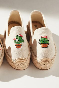 21caa60bcd99 Slide View  7  Soludos Embroidered Cactus Espadrilles Embroidered Cactus