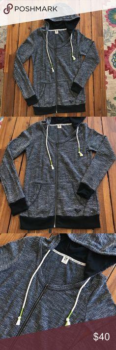 Roxy Hoodie NWOT // never worn // perfect condition// size M Roxy Tops Sweatshirts & Hoodies