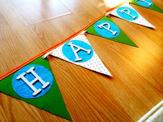 Boy birthday banner Boy Birthday, Birthday Ideas, Apples, Banner, Kids Rugs, Party Ideas, Home Decor, Banner Stands, Homemade Home Decor