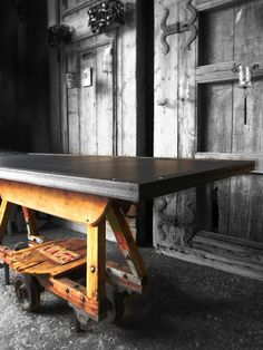 "detall taula ""Industry"" Industrial Table, Drafting Desk, Tables, Furniture, Home Decor, Upcycling, Live, Mesas, Industrial Desk"