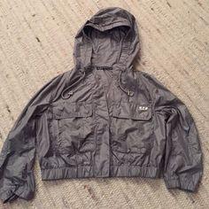 Patrizia Pepe Cropped Grey Wind Jacket