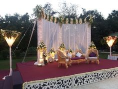 Wedding Mandap, Desi Wedding, Wedding Stage Decorations, Table Decorations, Stage Design, Backdrops, Wedding Inspiration, Party Ideas, Weddings