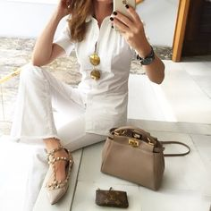 Office Outfits, Fall Outfits, Summer Outfits, Valentino Rockstud Flats, Fashion 2018, Womens Fashion, Flats Outfit, Workwear, Denim Fashion