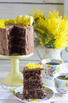 Paso a paso de tarta de chocolate, piña y zanahoría. Super esponjosa! http://blogmegasilvita.com/2016/03/tarta-de-chocolate-zanahoria-y-pina.html