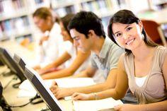 Um E-Learning optimal zu nutzen, brauchen Studenten und Arbeitnehmer die passenden Strategien. Und der Umgang mit der jeweiligen Software will ebenfalls gelernt sein...  http://karrierebibel.de/elearning/