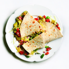 Slimming breakfast is a scrambled egg quesadilla - fitness and nutrition - 8 effective exercises that give you a flat stomach within 30 days – fitness and nutrition - Low Carb Low Calorie, Fitness Workouts, Vegetarian Recipes, Healthy Recipes, Fun Recipes, Paleo Diet Plan, Meal Plans To Lose Weight, Breakfast Recipes, Breakfast Ideas