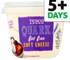 Quark… It sounds strange, you have never heard of it before, let alone used it… BUT it's Syn free on Slimming World and doesn't count towards your Healthy Extra A. Slimming World Quark Recipes, Slimming World Diet, Slimming Workd, Slimming Eats, Sour Cream Alternative, Options Hot Chocolate, Hot Chocolate Sachets, Healthy Extra A