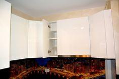 Mobila de Bucatarie din MDF Vopsit Ral 9003 Alb Lucios cu interior MDF Dulap pentru pahare Kitchen Cabinets, Interior, Home Decor, Restaining Kitchen Cabinets, Indoor, Homemade Home Decor, Kitchen Base Cabinets, Design Interiors, Interior Design