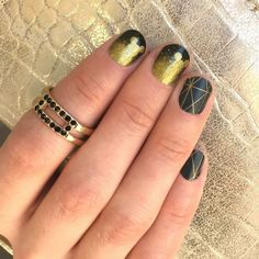 Classic black and gold manicure featuring Jamberry nail wraps Sparklin' Mouse from the Disney Collection by Jamberry and Brooklyn Bridge. Understated Mickey http://ErikasPrettyPinkies.Jamberry.com