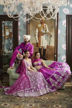Every bride wants to have Anita Dongre lehenga for their D-Day. From modern pastels lehengas to bright one, Anita Dongre amazed everyone by her collection. Lehenga Saree, Sabyasachi, Anarkali, Lehnga Dress, Ghagra Choli, Indian Bridal Outfits, Indian Dresses, Indian Clothes, Wedding Outfits