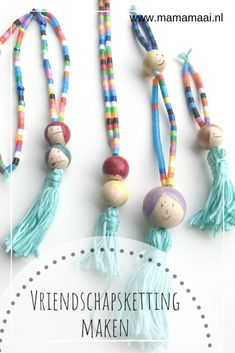 Making friendship necklace from string beads – Mama Maai - Famous Last Words Crayon Crafts, Diy Resin Crafts, Resin Jewelry, Jewelry Crafts, Handmade Jewelry, Diy For Kids, Crafts For Kids, Paper Plate Crafts, Paper Plates