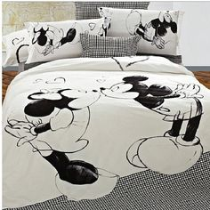 Cheap bed wholesale, Buy Quality linen queen bed directly from China bed linen for children Suppliers: Mickey Mouse kids print bedding set bedclothes Cotton king queen size Duvet/Comforter/Quilt Cover bed linen sets double King Size Comforter Sets, Queen Size Duvet, Queen Bedding Sets, Luxury Bedding Sets, King Comforter, Queen Sheets, Mickey Mouse Bett, Bed Sets, Bedroom Decor