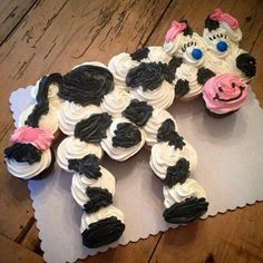 Would be a great centerpiece for a Farm or animal themed  child's Birthday party celebration