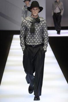 See the complete Emporio Armani Fall 2017 Menswear collection.#rexfabrics #fabrics #suit #jacket #trousers #bespoke #bespoketailoring #tailoring #miami #coralgables #tailoringmiami #madetomeasure #lapel #colors #fabricstore #tie #fancy #like #like4like #follow #mustfollow #followme #instagood #picoftheday #instapic #mensapparel #apparel #trend #trending #mensfashion #fashion #fashionpolice #miamifashion #miamifashionweek