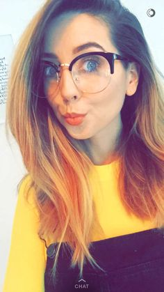 ~Zoe looks so beaut with glasses~