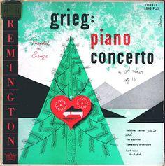 Vinyl Gallery: Vintage classical album cover graphics (flickr link)
