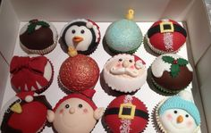I love the ornament cupcakes, especially on miniature cupcakes!