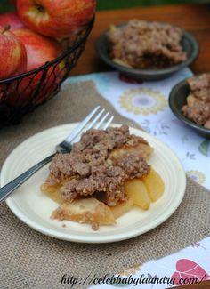 Fall Apple Recipe: Homemade Apple Crisp #AppleCrisp #Apple #AppleRecipe