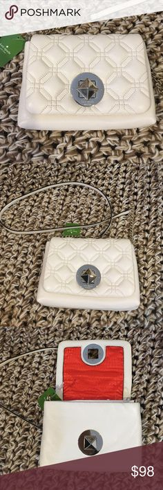 Kate Spade Astor Ct Naomi Leather Crossbody Purse Kate Spade Astor Court Naomi Leather Crossbody Purse. Bone in color with gold tone hardware. Never used. Strap is approx 22 inches long. Front twists to lock.  Approx. dimensions: 8 in L x 5.25 in H x 1.5 in W. kate spade Bags Crossbody Bags