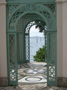 A pavilion on the bay at Vizcaya in Miami, Florida. Garden Buildings, Garden Structures, Outdoor Structures, Pergola, Gazebo, Beautiful Buildings, Beautiful Places, Linderhof, Garden Trellis