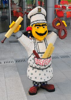 Lego chef (doll belongs to my wife!)