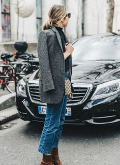Parisian chic look fashion style tips 07 ~ Litledress Street Style Outfits, Looks Street Style, Street Style Trends, Autumn Street Style, Mode Outfits, Fashion Outfits, Street Styles, Woman Outfits, Jeans Fashion
