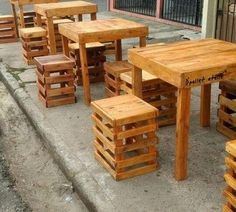 Designing projects with wooden pallet is always a great idea to the home design. Pallet projects are ready to serve you with the ease of … Pallet Patio Furniture, Bar Furniture, Rustic Furniture, Outdoor Furniture Sets, Modern Furniture, Furniture Design, Furniture Buyers, Furniture Layout, Cafe Interior Design