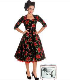 Vestido de los años 50, corte de capa y largo midi de la firma hell bunny. Disponible en www.hadaspinup.com #pinup #moda años 50