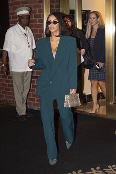 Kim Kardashian – White House in Washington DC - Kim Kardashian – White House in Washington DC Source link. Suit Fashion, Look Fashion, Fashion Beauty, Fashion Outfits, Paar Style, Classy Outfits, Cute Outfits, Classy Dress, Business Outfit Frau