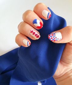 nailart 14juillet national day bleu blanc rouge - LesAteliersDeLaurene