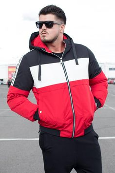 GECI | STREET STYLE RO Athletic, Street Style, Jackets, Fashion, Down Jackets, Moda, Athlete, Urban Taste, Fashion Styles