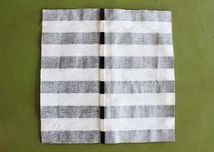 diy pompom pillow — The Pleated Poppy Pillow Tutorial, Cushions, Pillows, Ideas Para, Creative, Poppy, Grande, Crafts, Beautiful