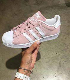 a02fb32bd2a Adidas Schoenen, Schoenen Sneakers, Adidas Outfit, Adidas Superster, Broek  Vrouwen, Schoenen