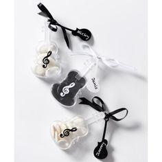 Etiquette guitare blanche carton avec ruban les 12 Table, Wrapping, Guitar, Birthday, Tables, Desk, Tabletop, Desks