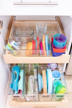 since I am in total nest mode I wanted to share how I organized one part of our kitchen cabinetry to accommodate everything baby related. Now that it will be two kiddos to feed.