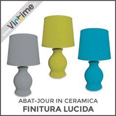 Abat-jour in ceramica a goccia. Finitura lucida con paralume plastificato. 3 colori: Verde Mela, Azzurro e Grigio. Dimensione: H. 26 Diam. 13 cm Ref.: S30065/00  #Virtime #virtimehome #milan #italy #italiandesign #interiordesign #decoring #house #homeart #buyfurniture #homedecor #tools #creative #furnituredesign #detail #decoration #designideas #nofilter #unique #furniture #materials #decorating #instadecor #lampada #lampadina #luce #scrivania #lamp #lightbulb #light #desk #libro #book