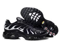 wholesale dealer 37001 9f043 Chaussures de Nike Air Max Tn Requin Homme Noir et Blanc Prix Tn New Nike  Air
