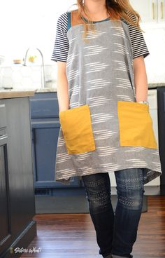 Fantastic Absolutely Free sewing tutorials free Tips Easy farmhouse pinafore apron tutorial JOANN Fabric and Craft Stores Easy Sewing Projects, Sewing Projects For Beginners, Sewing Hacks, Sewing Tutorials, Sewing Tips, Easy Apron Pattern, Apron Tutorial, Apron Patterns, Dress Patterns