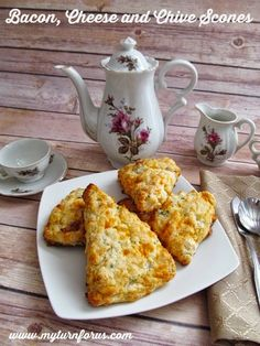 My Turn for us: Bacon, Cheese and Chive Scones Recipe