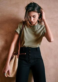 Summer Outfits, Casual Outfits, Cute Outfits, Fashion Outfits, Minimalist Fashion Summer, Style Parisienne, Mode Inspiration, Parisian Style, Dress To Impress