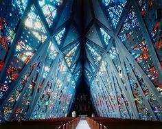 Wallace Harrison - First Presbyterian Church, Stamford 1958. Via Christoph Morlinghaus