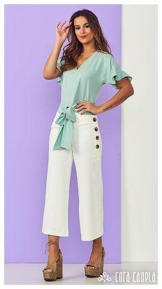 LOOK BOOK 4 • Coleção Cosmopolitan • Cora Canela Square Pants, Button Dress, Fashion Outfits, Womens Fashion, Jeggings, Casual Wear, Ideias Fashion, Pants For Women, Jumpsuit