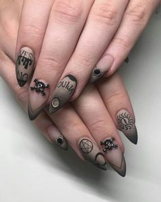 A good way to get in tune with this magical date is to decorate your nails with a manicure… Holloween Nails, Halloween Acrylic Nails, Halloween Nail Designs, Cute Acrylic Nails, Nails For Halloween, Spooky Halloween, Witchy Nails, Goth Nails, Skull Nails