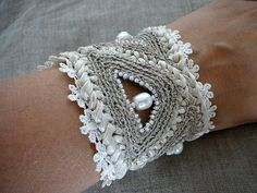 crochet cuff bracelet | crochet cuff bracelet Boho-classic s… | Flickr
