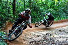 Dia de treino no Bike Park Anhanguera, Perus - SP - Brazil.  Photo:João Paulo Labeda