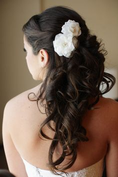 Photography: Love Life Images - lovelifeimages.com  Read More: http://www.stylemepretty.com/2015/03/27/summer-navy-wedding-at-the-chesapeake-bay-beach-club/