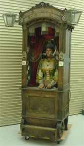 """Fortune telling machines are usually very inelegant automatons, with very limited movements and hardly any actual """"actions"""" that appear to accomplish anything."""