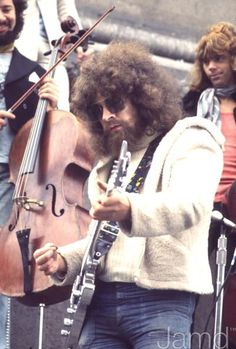 Jeff Lynne, The Greatest musical genius! (I want his glasses!)