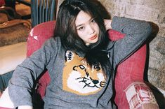 Uploaded by Jo Eun Hee. Find images and videos about cute, ulzzang and jo eun hee on We Heart It - the app to get lost in what you love. Jo Eun Hee, Girl Fashion, Fashion Outfits, Womens Fashion, Jaba, Ulzzang Girl, Girls Be Like, Woman Crush, Pretty People